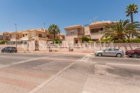 A Delightful Townhouse in Playa Flamenca (2)