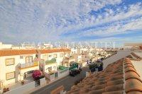 Stylish Top-Floor Apartment with Private Solarium  (5)