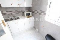 Stylish Top-Floor Apartment with Private Solarium  (15)