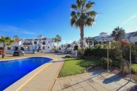 Superior 3 Bed / 2 Bath Townhouse with Pool Views  (36)