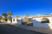 Superior 3 Bed / 2 Bath Townhouse with Pool Views  (39)