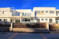 Luxury 3 Bed / 2 Bath Garden Apartment (Resale) (14)