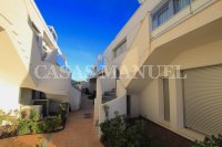Luxury 3 Bed / 2 Bath Garden Apartment (Resale) (27)