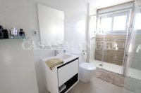 Luxury 3 Bed / 2 Bath Garden Apartment (Resale) (13)