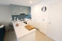 Luxury 3 Bed / 2 Bath Garden Apartment (Resale) (7)