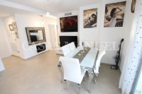 Luxury 3 Bed / 2 Bath Garden Apartment (Resale) (8)