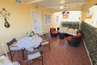 Roomy 4 Bed Villa With Plenty of Outdoor Space (3)