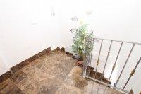 Spacious 3 Bed / 2 Bath Duplex Apartment  (14)