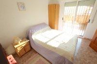 Spacious 3 Bed / 2 Bath Duplex Apartment  (18)