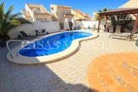 Superior 2 Bed / 2 Bath Villa with Private Pool  (11)