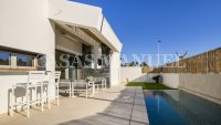 Stunning Detached Villa with Private Pool (6)