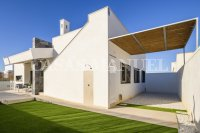 Stunning Detached Villa with Private Pool (7)