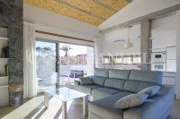 Stunning Detached Villa with Private Pool (2)