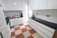 Stylish 3 Bed / 2 Bath Villa With Outdoor Space  (16)