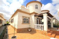 Spacious 3 Bed Bungalow With Stunning Views