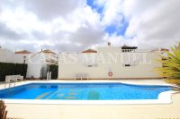 Stylish 3 Bed / 2 Bath Villa With Outdoor Space  (5)