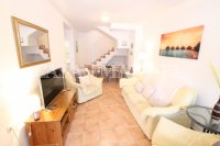 Stunning 3 Bed / 2 Bath South-Facing Townhouse (1)