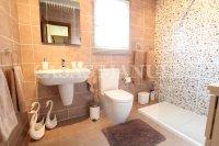 Sizeable 3 Bed / 2 Bath South-Facing Villa  (22)