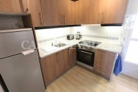 Spacious 3 Bed / 2 Bath Townhouse With Designer Interior and Pool Views  (12)