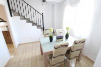Spacious 3 Bed / 2 Bath Townhouse With Designer Interior and Pool Views  (21)