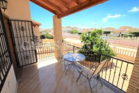 Spacious 3 Bed / 2 Bath Townhouse With Designer Interior and Pool Views  (29)