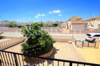Spacious 3 Bed / 2 Bath Townhouse With Designer Interior and Pool Views  (30)
