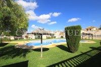 Spacious 3 Bed / 2 Bath Townhouse With Designer Interior and Pool Views  (31)