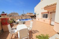 Delightful South-Facing Detached Villa With Private Pool  (23)
