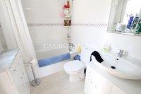 Charming 2 Bed / 1 Bath Semi-Detached Villa  (12)
