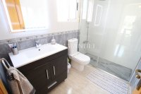 Stunning 4 / 2 Bath Bed Semi With Private Pool + Designer Interior  (21)
