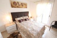 Stunning 4 / 2 Bath Bed Semi With Private Pool + Designer Interior  (22)