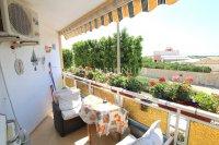Stunning Top-Floor Riverside Apartment  (4)