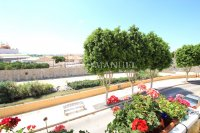 Stunning Top-Floor Riverside Apartment  (3)