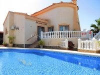 Luxury 4 Bed Villa - Private Pool + Guest Accommodation