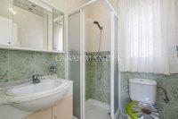 Attractive 3 Bed / 2 Bath South-Facing Villa (13)