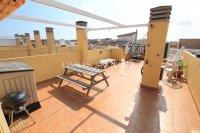 Stylish Top-Floor Apartment with Solarium - Mountain Backdrop (6)