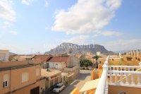Stylish Top-Floor Apartment with Solarium - Mountain Backdrop (4)