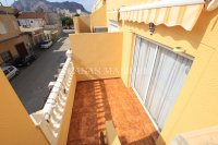 Stylish Top-Floor Apartment with Solarium - Mountain Backdrop (7)