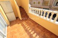 Stylish Top-Floor Apartment with Solarium - Mountain Backdrop (8)