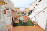 Spacious Detached Villa with Guest Apartment  (21)