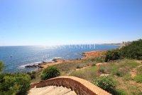 South-Facing Coastal Townhouse With Sea Views  (27)