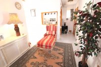 Spacious 3 Bed Apartment with Stunning Views  (7)