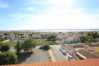 Spacious 3 Bed Apartment with Stunning Views  (23)