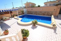 3 Bed / 2 Bath South-Facing Detached Villa with Private Pool  (23)