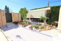 3 Bed / 2 Bath South-Facing Detached Villa with Private Pool  (6)