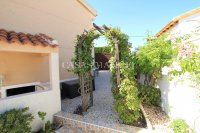 3 Bed / 2 Bath South-Facing Detached Villa with Private Pool  (33)