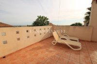 Stylish 3 Bed Villa With An Abundance of Outdoor Space  (31)