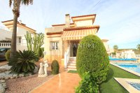 Stylish 3 Bed Villa With An Abundance of Outdoor Space  (43)