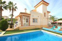Stylish 3 Bed Villa With An Abundance of Outdoor Space  (0)
