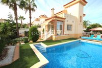 Stylish 3 Bed Villa With An Abundance of Outdoor Space  (42)